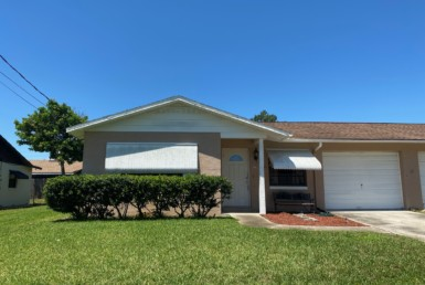 1/2 duplex at 6 Kingfisher Lane Edgewater Florida